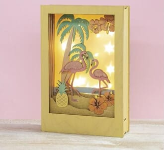 Story in a Box - Flamingos, ramme str 20x30x6.7cm