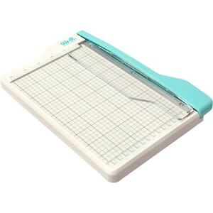 We R Memory Keepers: Mini Guillotine Paper Cutter